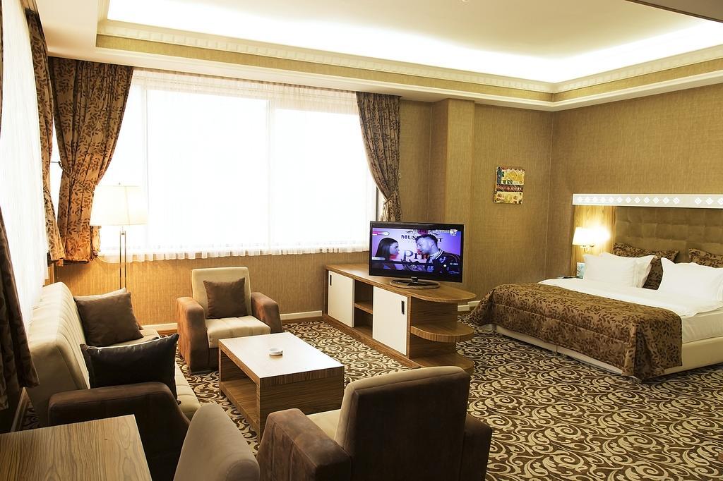 اتاق هاي هتل ديوان اکسپرس باکو