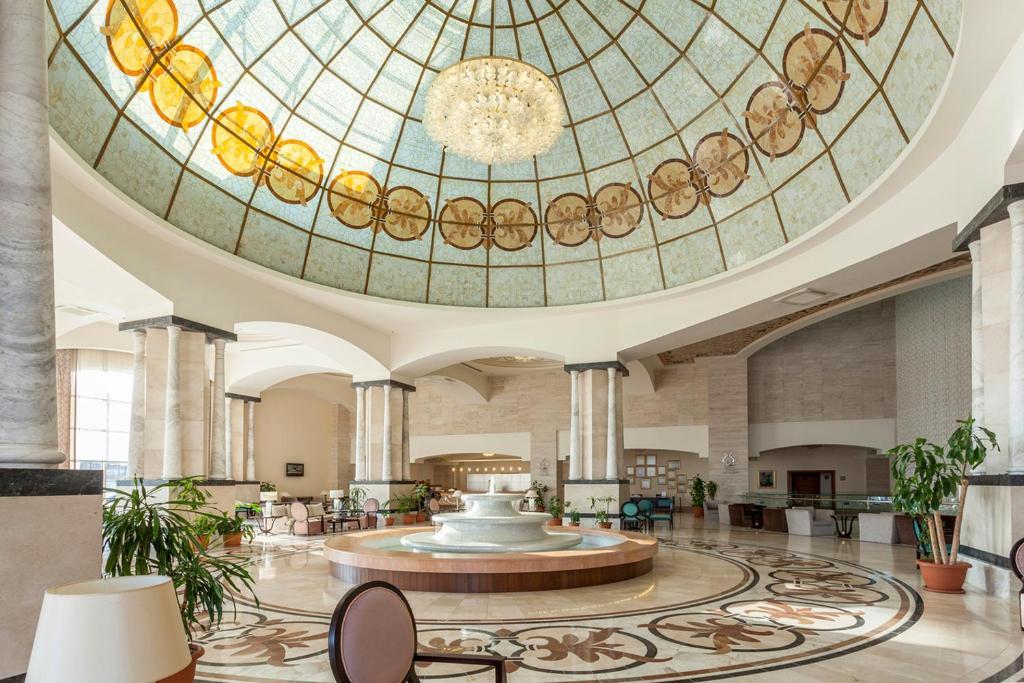هتل ملاس لارا آنتالیا