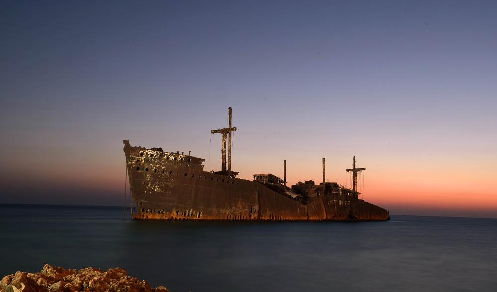 کشتی یونانی در کیش