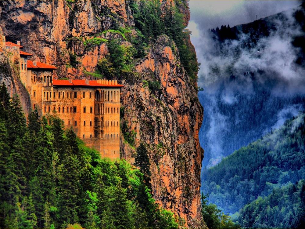 صومعه زیبای سوملا ترکیه