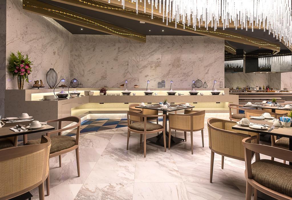 رستوران ها و امکانات رفاهی هتل میت بیچ پاتایا تایلند