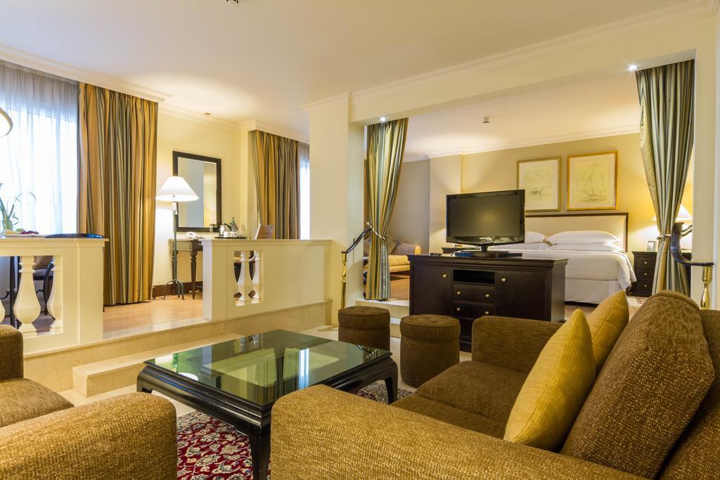 اتاق های هتل گرند اکسلسیور بر دبی