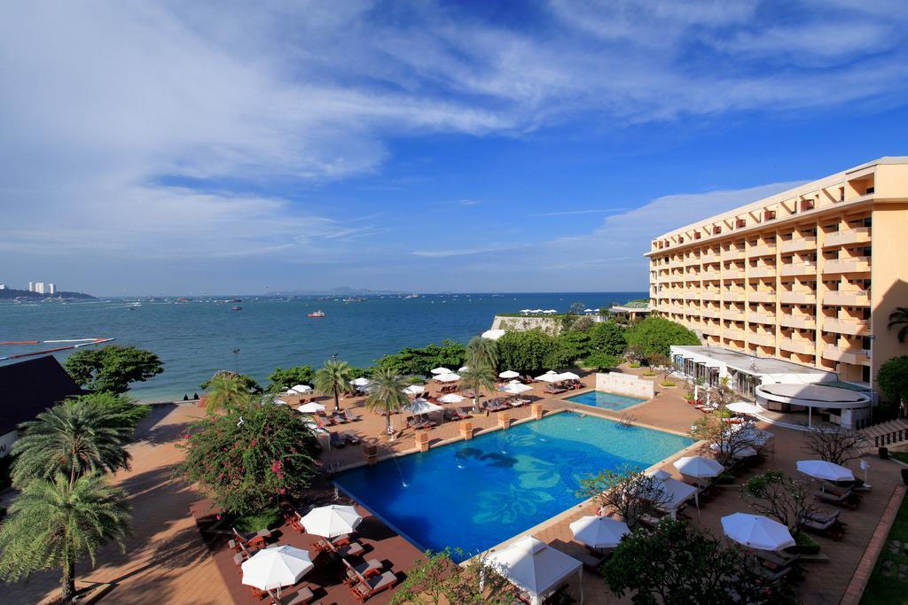 رستوران ها و امکانات رفاهی هتل دوسیت تانی پاتایا تایلند