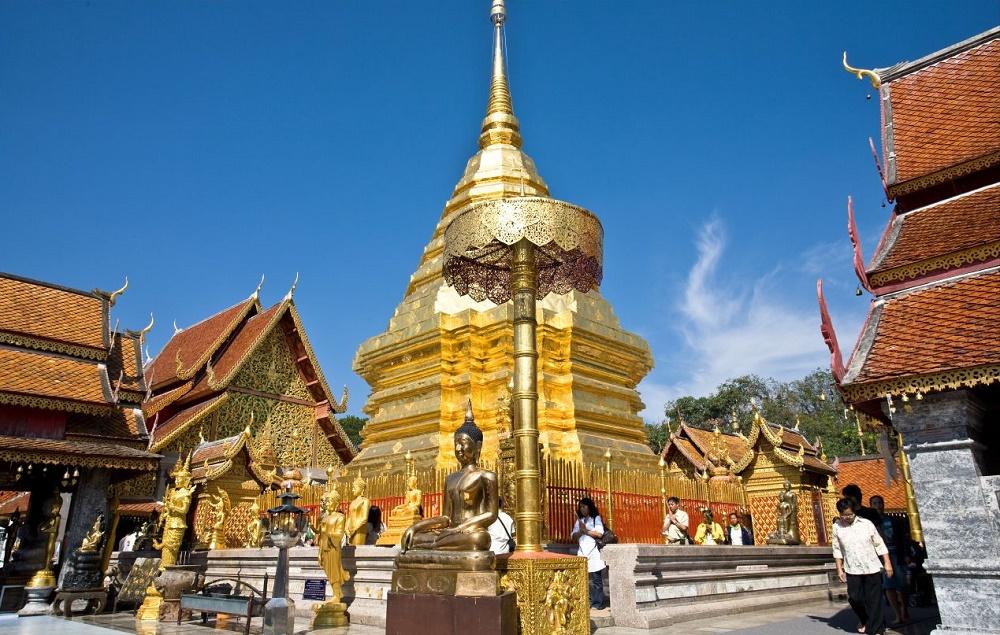 معبد دوای سوتهپ چیانگ مای تایلند