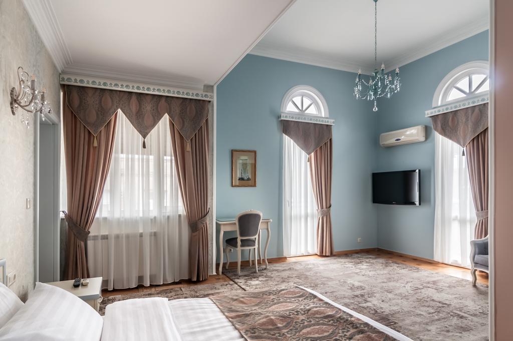 اتاق های هتل پرستیژ پالاس تفلیس گرجستان