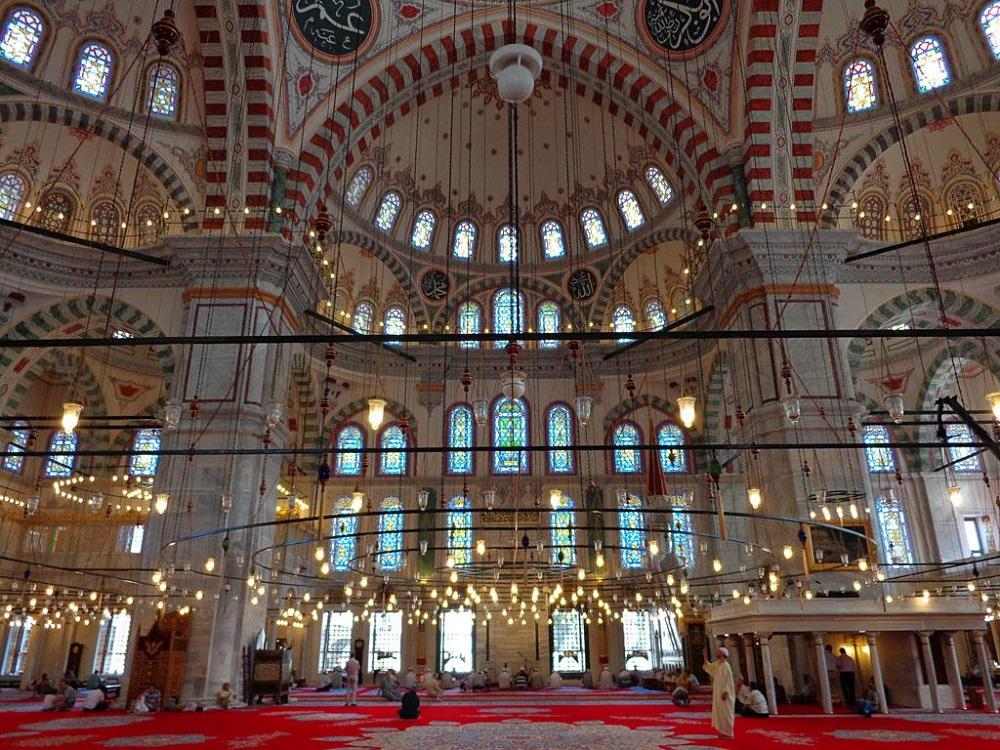 نتیجه تصویری برای مسجد فاتح استانبول