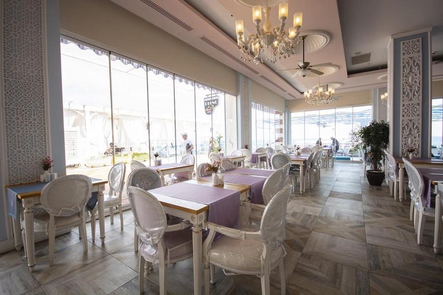 رستوران های هتل اورنج کانتی کمر آنتالیا