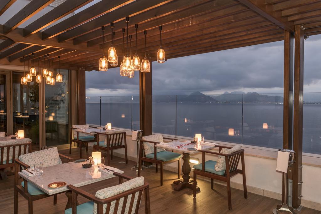 رستوران ها و امکانات رفاهی هتل آکرا لارا آنتالیا