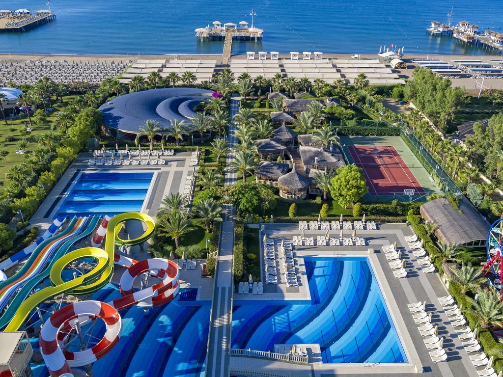 رستوران ها و امکانات رفاهی هتل رویال هالیدی پالاس آنتالیا
