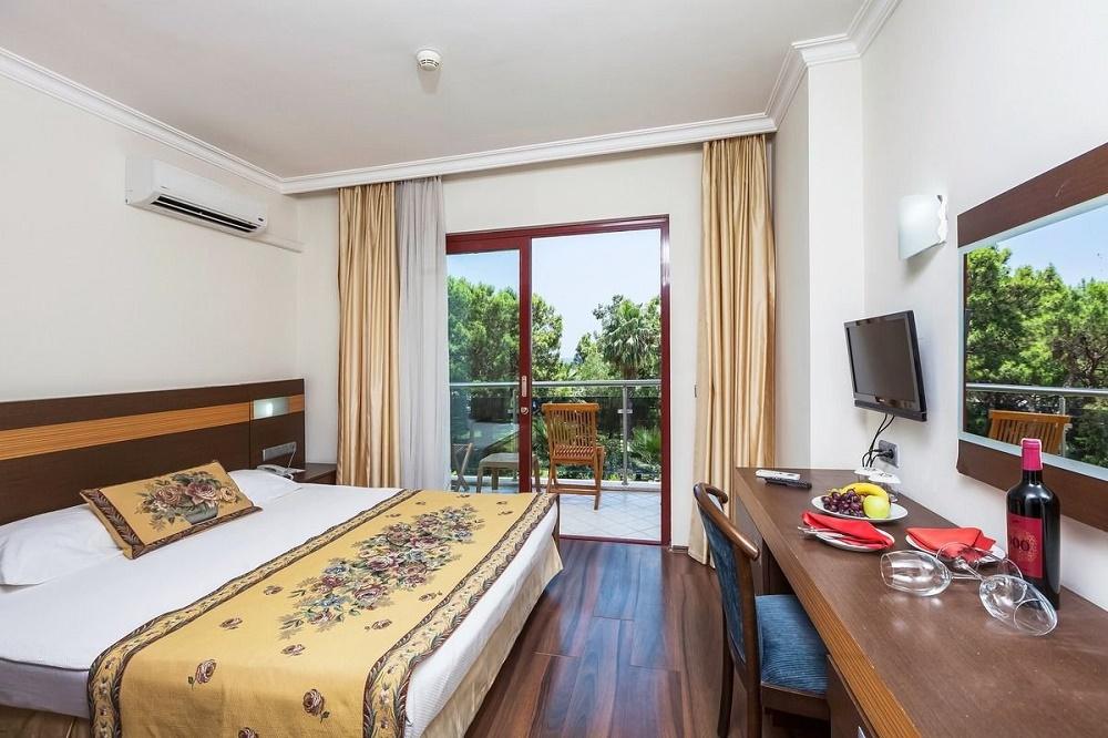 اتاق های هتل مجستی کلاب لامر آرت آنتالیا