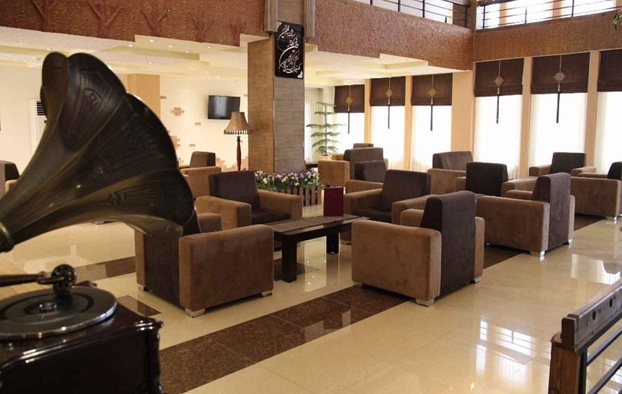 رستوران ها و امکانات رفاهی هتل گاردنیا کیش