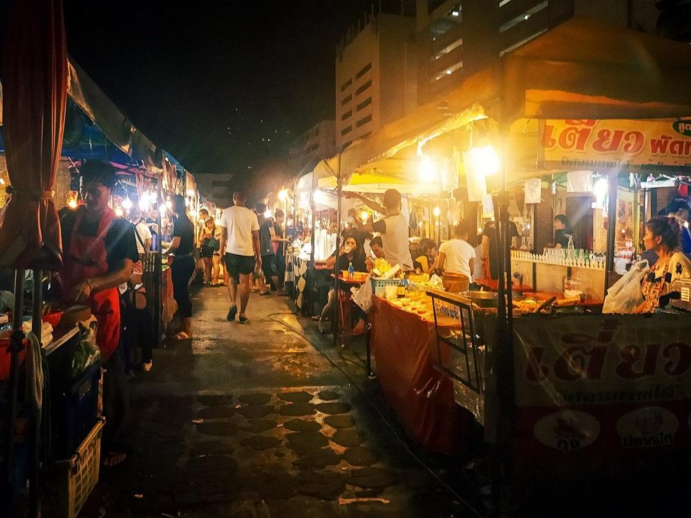 رستوران های بازار شبانه پات پونگ بانکوک تایلند