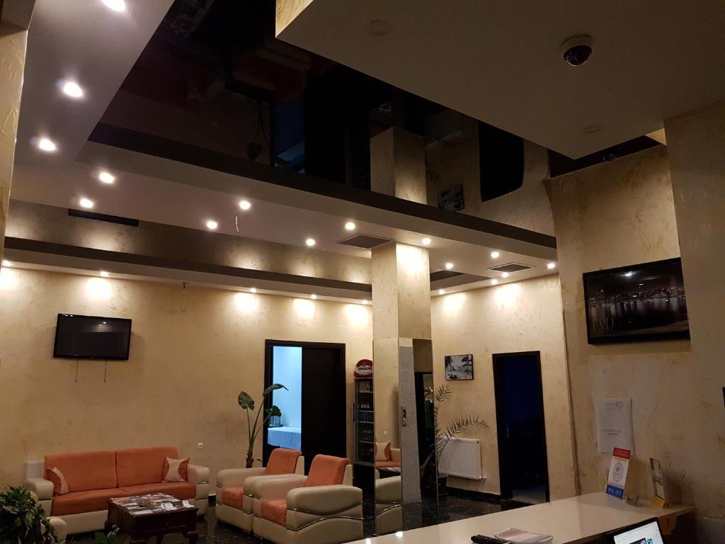 امکانات رفاهی و رستوران های هتل رویال پالاس باتومی گرجستان