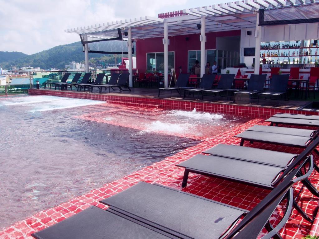 امکانات رفاهی و رستوران های هتل اسلیپ ویت می پوکت تایلند