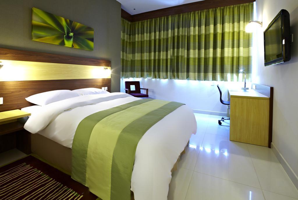 اتاق های هتل سیتی مکس بور دبی