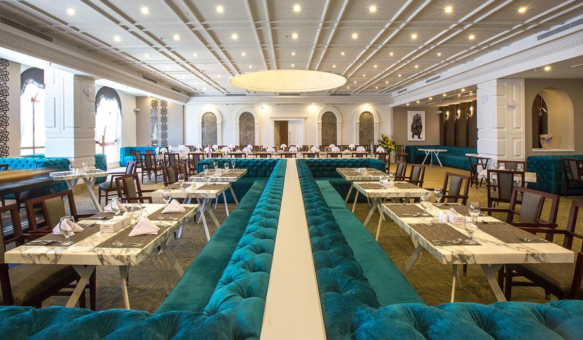 رستوران ها و امکانات رفاهی هتل اسپیناس تهران