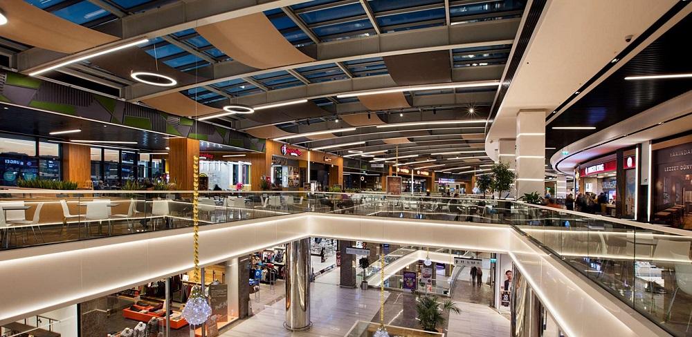 فروشگاه های مرکز خرید آکسیس استانبول