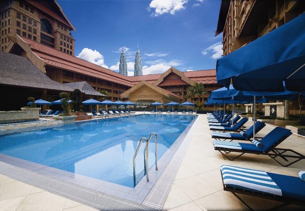 رستوران ها و امکانات رفاهی هتل رویال چولان کوالالامپور مالزی