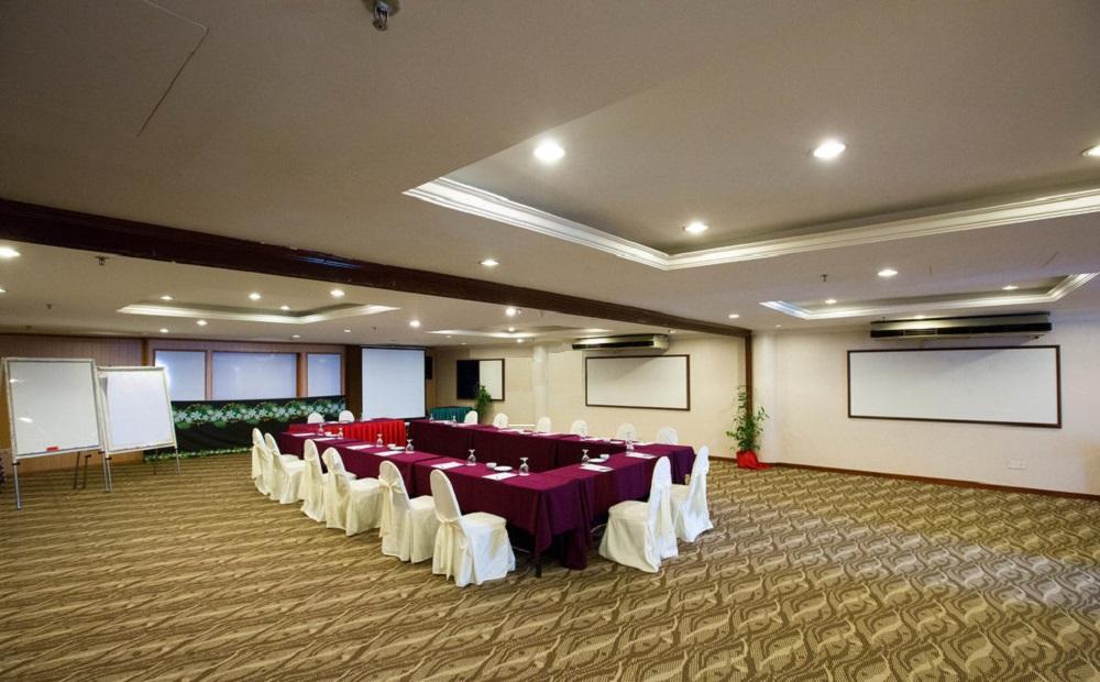 امکانات رفاهی و رستوران های هتل پارادایس سندی کوالالامپور