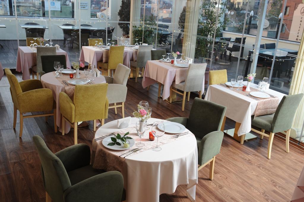 امکانات رفاهی و رستوران های هتل آلباتروس استانبول