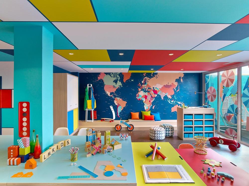 آیا میتوان سالن کنفرانس یا سالن جلسات خود را در اختیار فرزند ما قرار دهید تا بازی کند؟