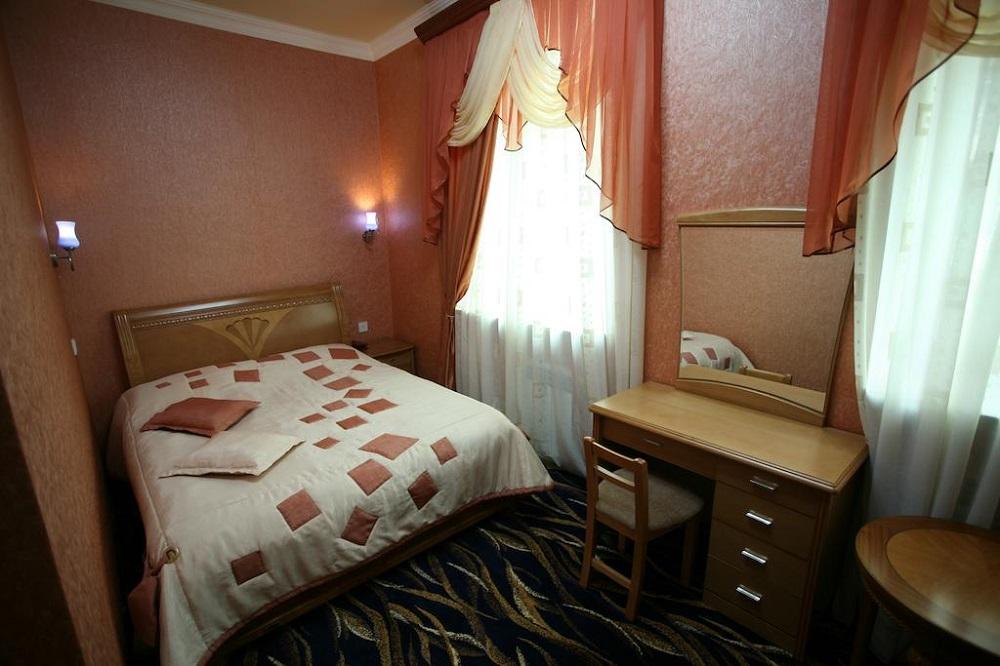 هتل نایری ایروان ارمنستان