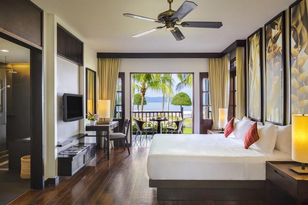 هتل مرتیوس پلانگی بیچ ریزورت کوالالامپور