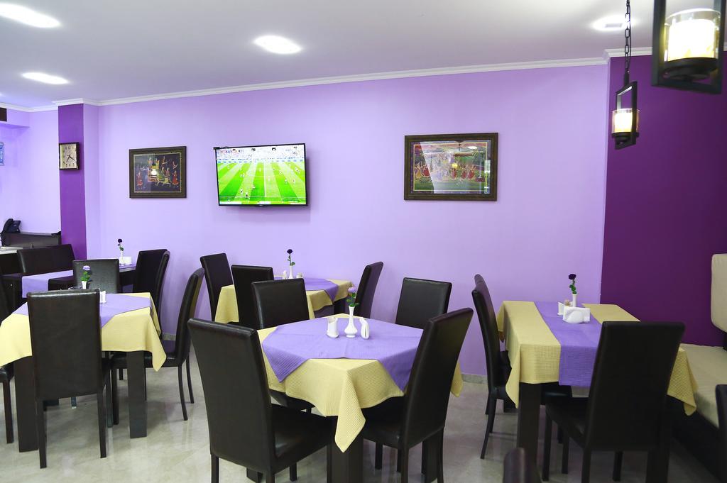 امکانات رفاهی و رستوران های هتل گورو تفلیس