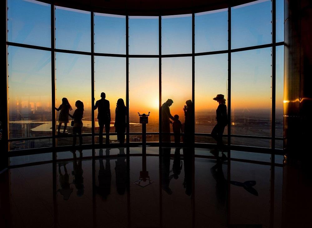 تماشای غروب خورشید از برج العرب