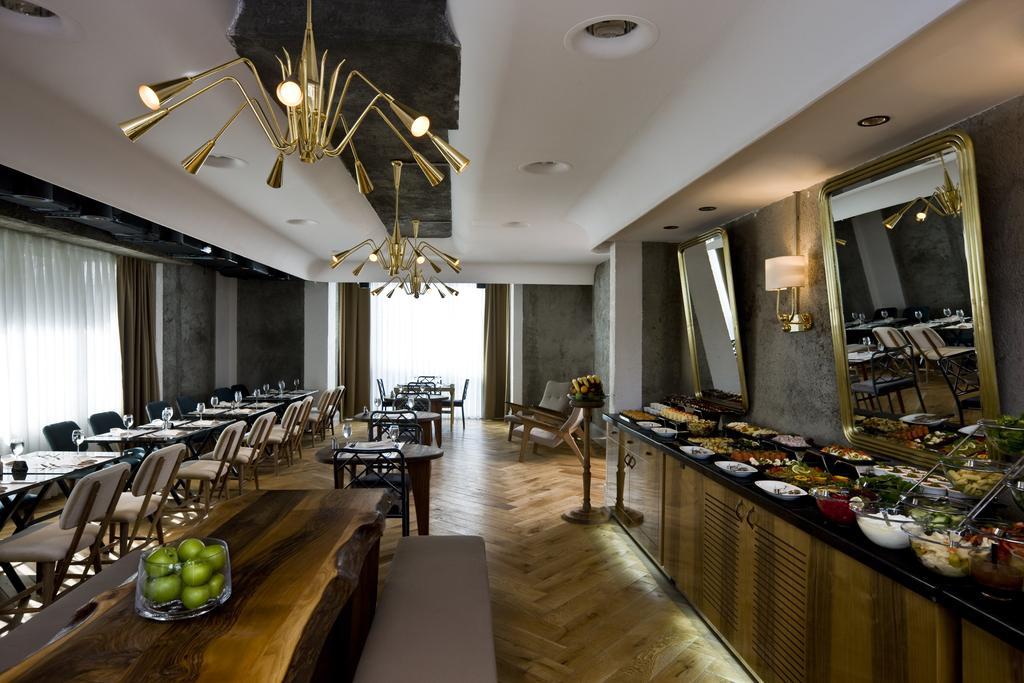 رستوران ها و امکانات رفاهی هتل مارمارا شیشلی استانبول