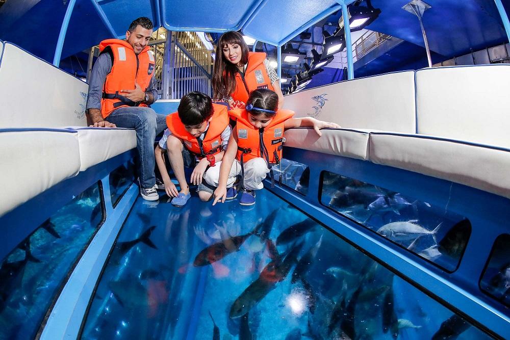 آکواریوم و باغ وحش زیر آب دبی