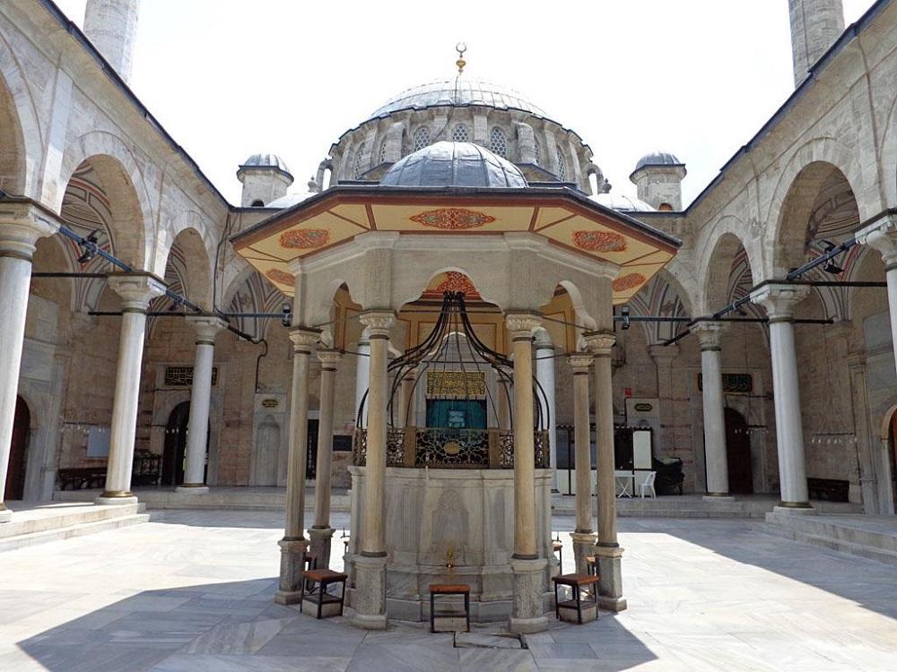 تاریخچه مسجد لاله لی استانبول