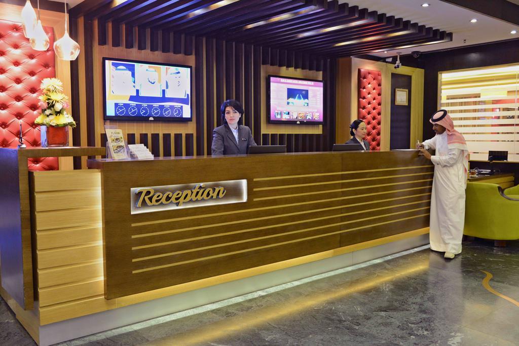 هتل سان اند سند دبی