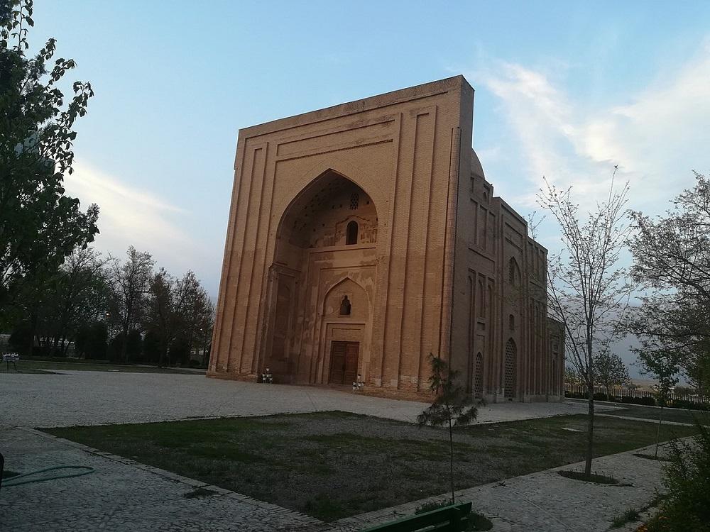 معماری و قسمت های مختلف بنای هارونیه مشهد