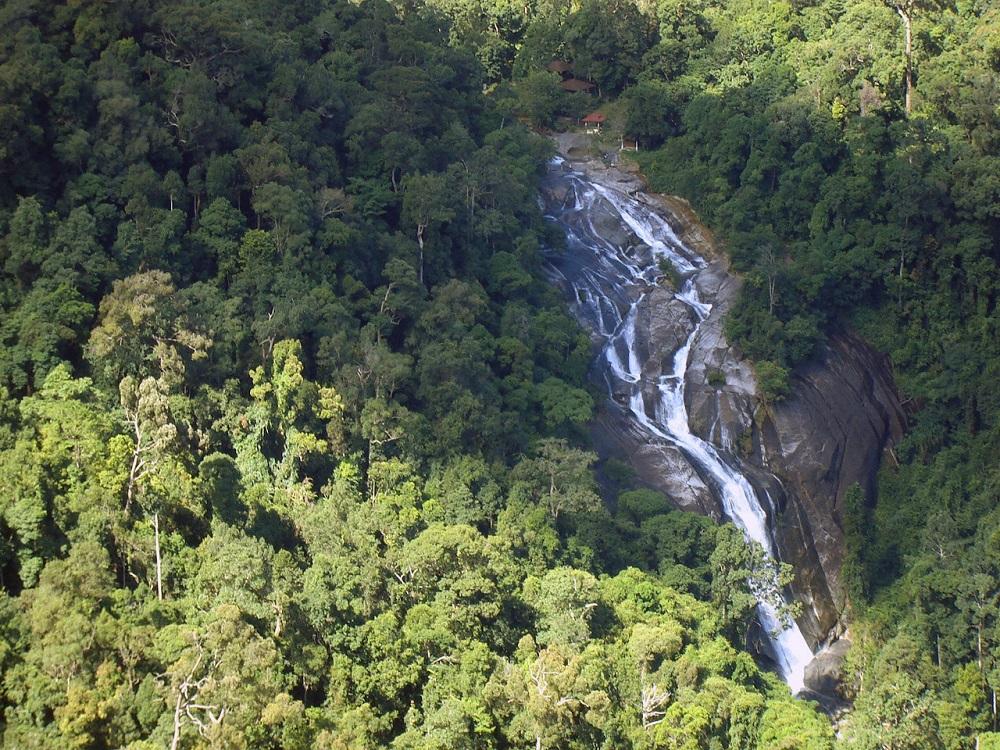 آبشارهای تلاگا توجو لنکاوی مالزی