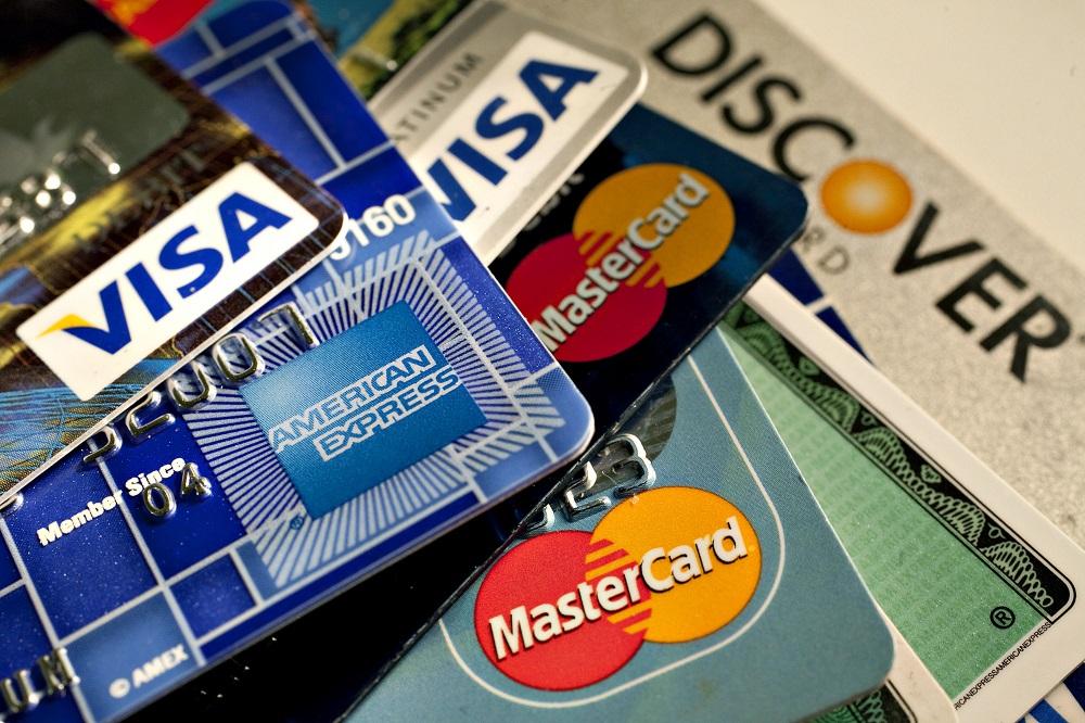 شرکت کارت اعتباری را از سفرتان مطلع کنید