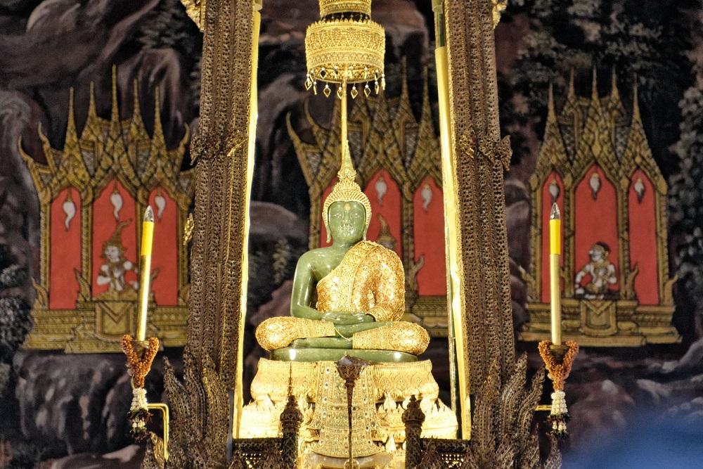مجسمه بزرگ بودا در معبد بزرگ وات پراکائو بانکوک