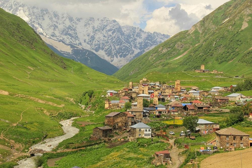 بیشتر توریست های اروپایی در منطقه اوشگولی در گرجستان هستند