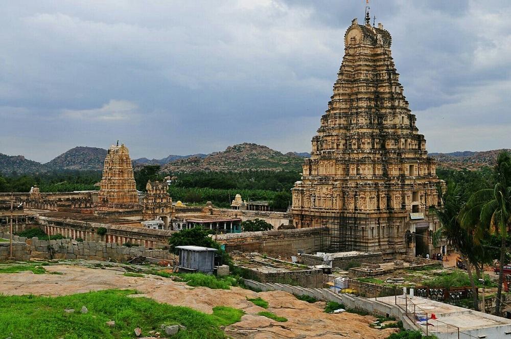 معبد ویروپاکشا هند