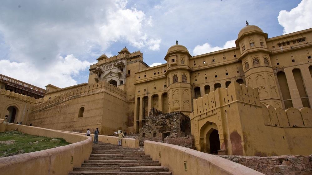تاریخچه قلعه عامر هند
