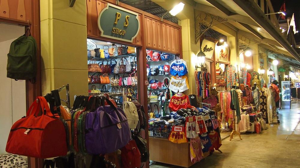 مغازه های بازار شبانه آسیاتک بانکوک