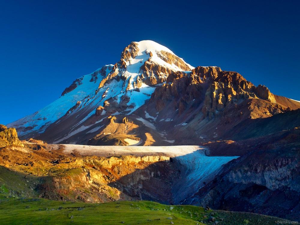 کوه قازبگی گرجستان