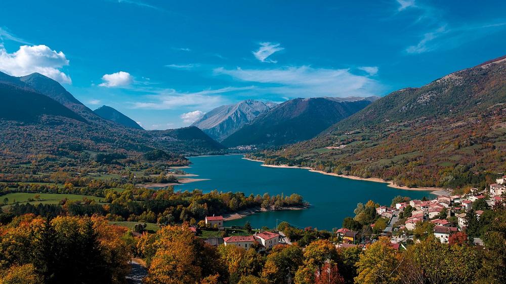 سبزترین منطقه اروپا، آبروتزو در ایتالیا