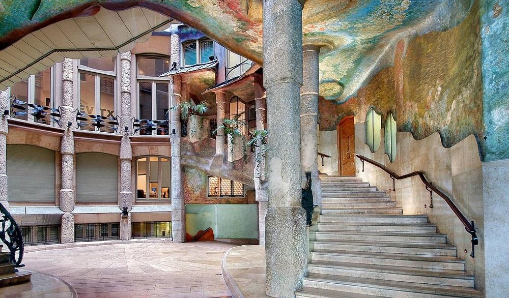 تاریخچه قصر کازامیلا در بارسلونا
