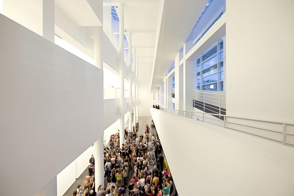 موزه هنرهای معاصر بارسلونا