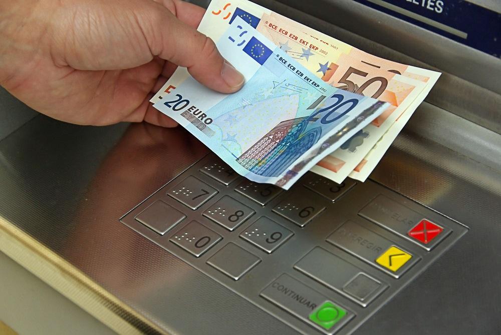 مکان هایی در اسپانیا که میتوان پول رایج خارجی را تعویض کرد