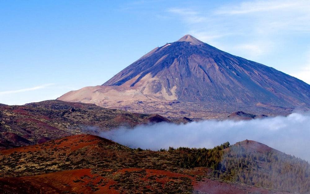 کوه آتشفشان تیده در ساحل تنریف
