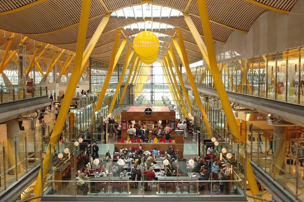 امکانات فرودگاه بین المللی باراخاس مادرید