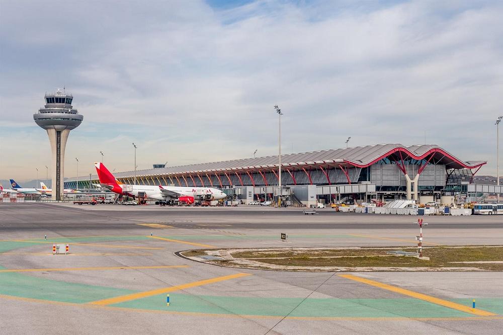 فرودگاه بین المللی باراخاس مادرید