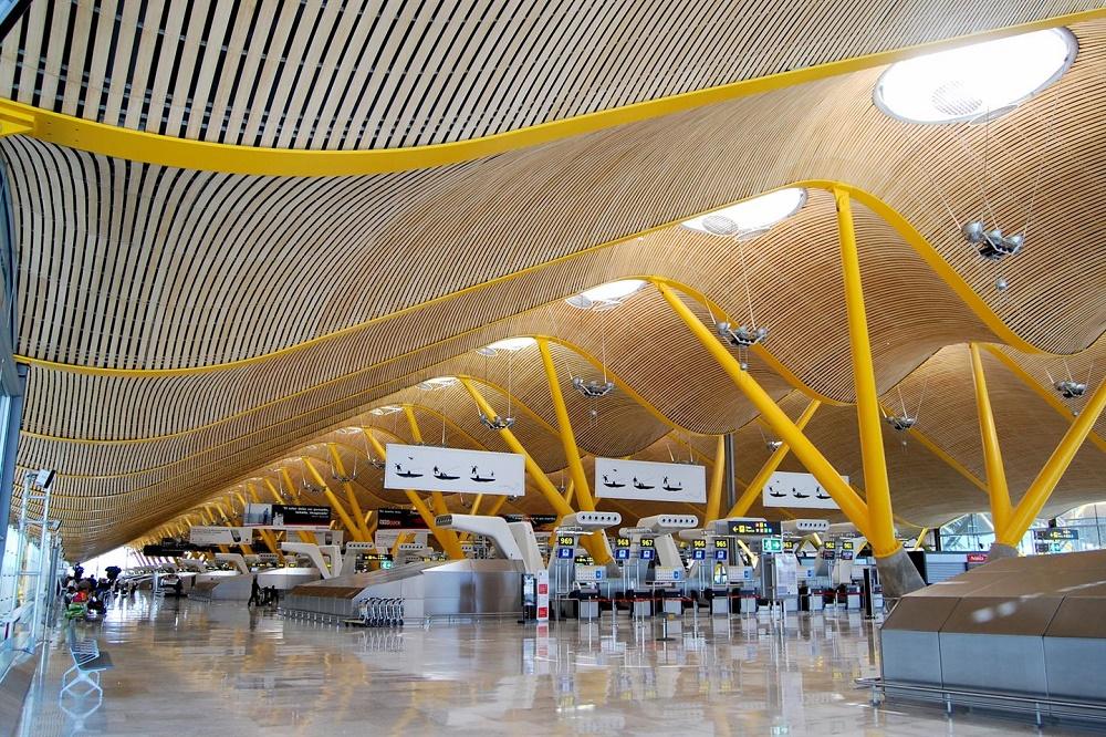 ترمینال های این فرودگاه بین المللی مادرید